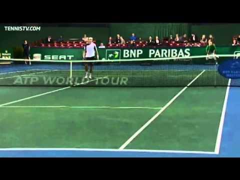 Ferrer's Unorthodox Hot Shot Overhead Vs Fognini In Paris
