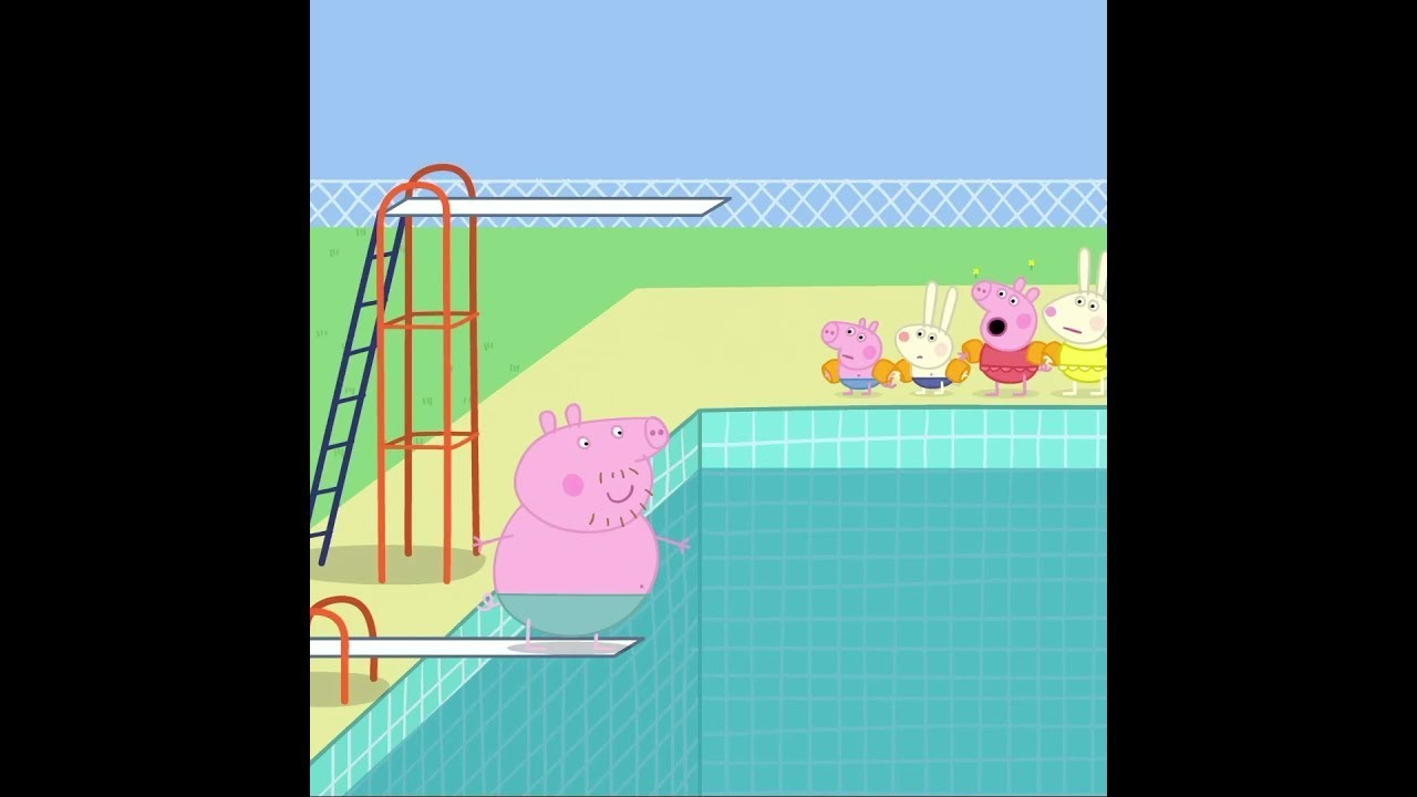 Daddy Pig Goes Swimming and Splashes Everyone #Shorts