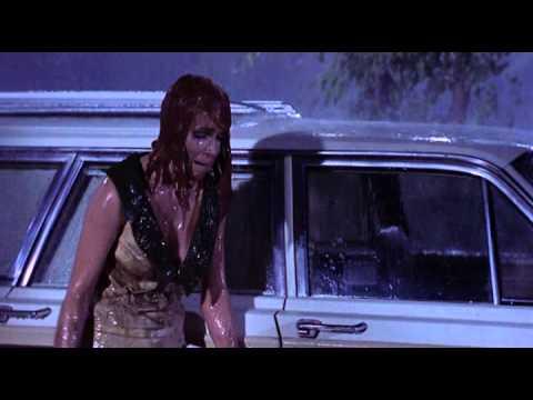 Глушители (The Silencers) - сцена под дождём