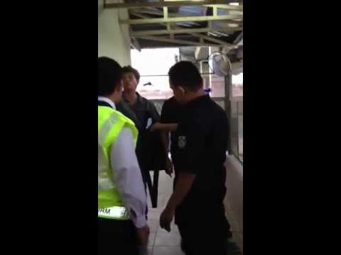 Snatch thieves at Midvalley KTM