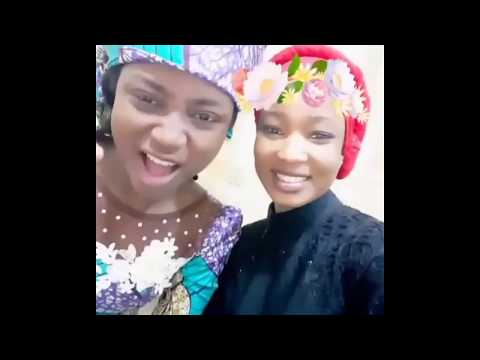 MARYAM YAHYA SINGING​ IN A SELFIE VIDEO