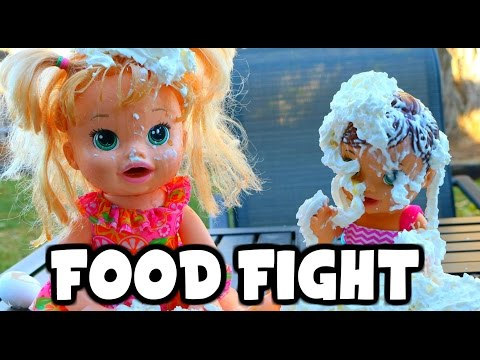 BABY ALIVE Food Fight with Snack 'n Sara Tea Cup Surprise a Baby Alive Parody