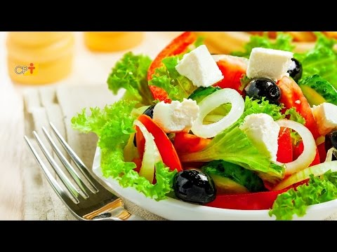 Receita e Montagem de Uma Salada Crua - Cursos CPT