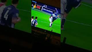 Muller horror foul on tagliafico