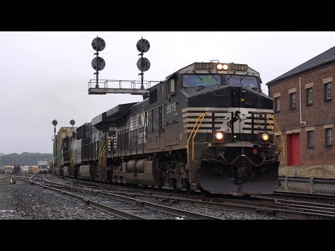 Trains on the Norfolk Southern Virginia Division Fall 2015 Part 1