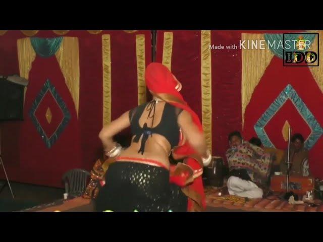 Desi Marvadi girl hot & sexy dance