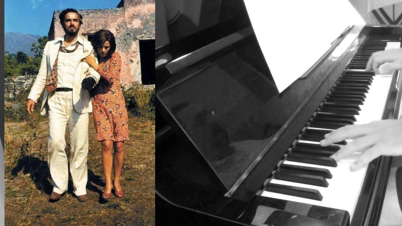 Dark De Piano Coveradaptation In Armando Femme Parfum Pascal Mencarelli Trovajoli The tdhQrCoxBs