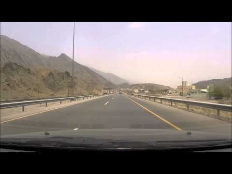 Oman Timelapse: Nizwa to Muscat, 180km in 3 minutes