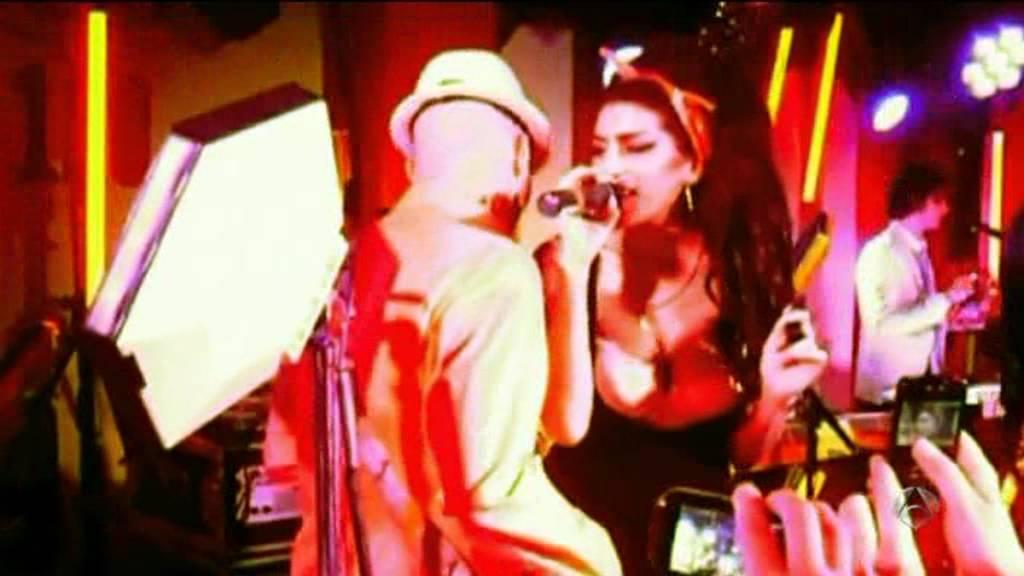 El Ultimo Escandalo De Amy Winehouse Youtube