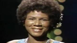 MINNIE RIPERTON performs live on The Tonight Show (1975)