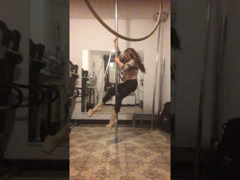 Exotic pole dance choreo