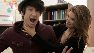 Jungs vs Mädchen in verschiedenen Situationen mit Julien Bam I Paola Maria