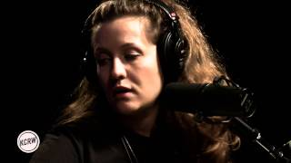 "Jessy Lanza performing ""Keep Moving"" Live on KCRW"