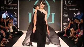 Gehna Jewellers at IIJW 2011 - Part 2