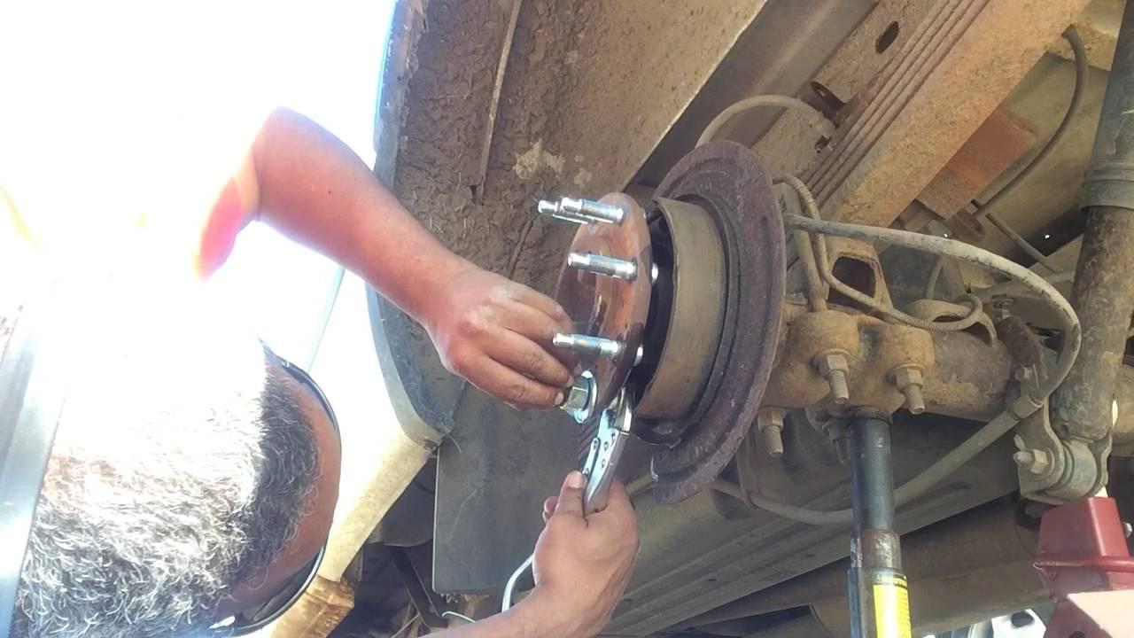 Wheel stud install on 2001 GMC CHEV Sierra Silverado 2500 ...