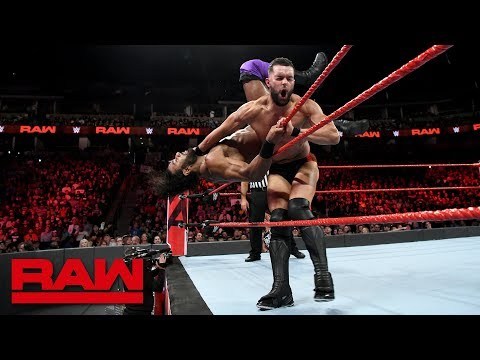 Finn Bálor vs. Jinder Mahal: Raw, Sept. 24, 2018 thumbnail