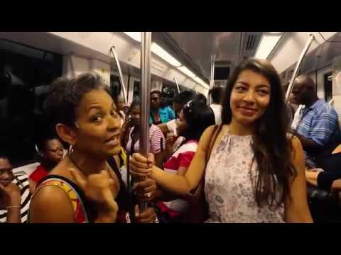 How does the metro in Santo Domingo work?