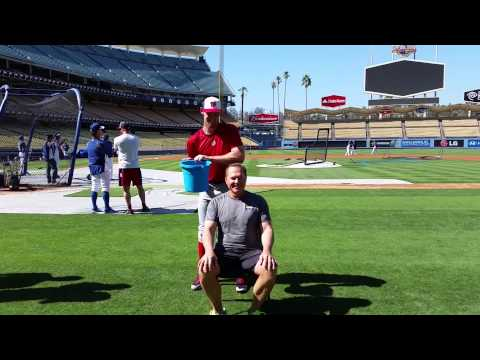 Scott Boras takes the ALS Ice Bucket Challenge