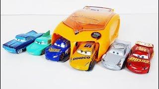 Disney Cars 3 Toys Movie Fabulous Lightning McQueen vs Dinoco Cruz Ramirez Car toy