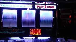 Mountaineer Racino High Limit $100 Double Diamond Deluxe Slot Machine, BAD and Ok sessions.