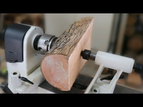 wood-turning---half-a-log-to-half-a-bowl?