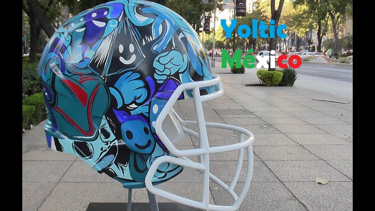 Cascos de Fútbol Americano decorados en Reforma - YouTube