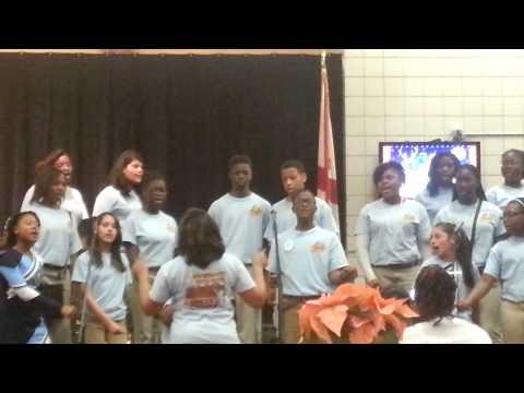 Brewbaker Middle School Choir Christmas production(1)