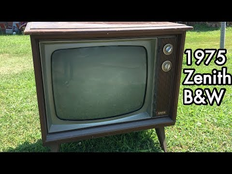 1975 Zenith Black & White Television: Roadside TV Power Up, It Works!