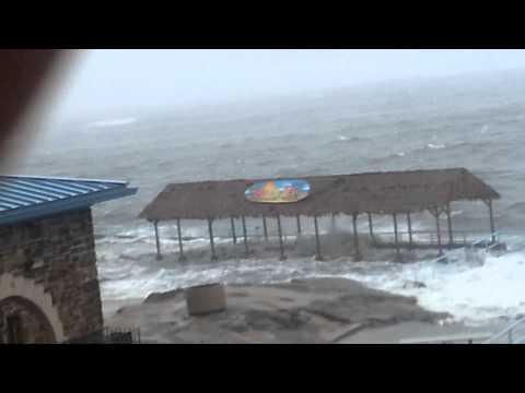 Sandy hitting New Rochelle beach
