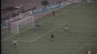 el penal de italia 90 en el q italia queda eliminado.
