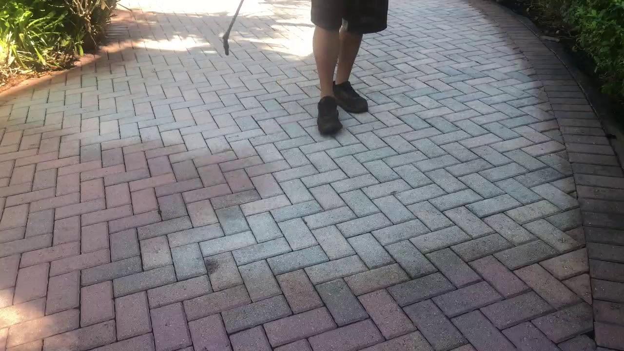 how to color concrete pavers
