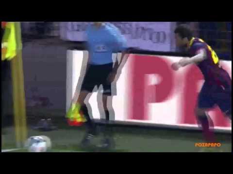 Dani Alves Picks Up and Eats Banana Thrown By Racist Fan before Corner Kick 27 04 2014
