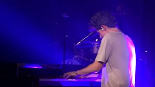 Charlie Puth - Suffer (Paris)