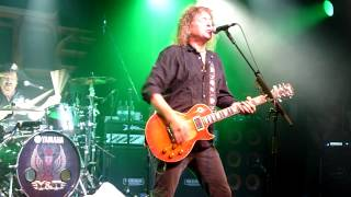 Y&T - I Keep On Believing