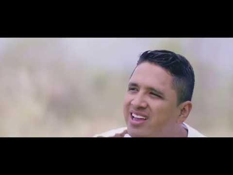 NO HAY LUGAR MAS ALTO - MIEL SAN MARCOS & CHRISTINE D'CLARIO (Vídeo Clip Oficial)