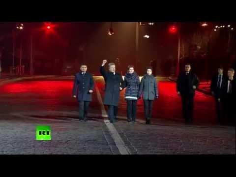 Порошенко освистали на Майдане
