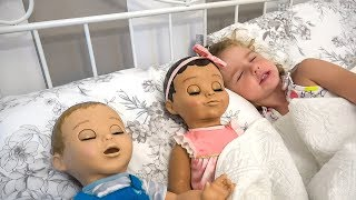 Sleeping Beauty story for Kids and dolls | Children's Tales in Super Park