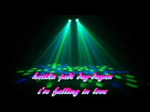 Ayu Ting Ting-Sik Asik with lyrics