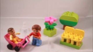 Mom and Baby 13 piece set Authentic Lego Duplo 10585