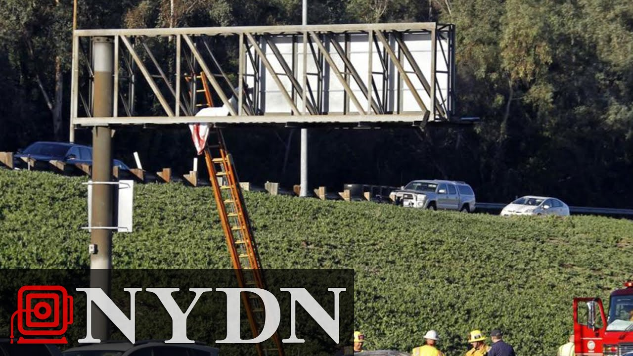 Body of 20-year-old Man Ends up on Freeway Sign Following Los Angeles Wreck