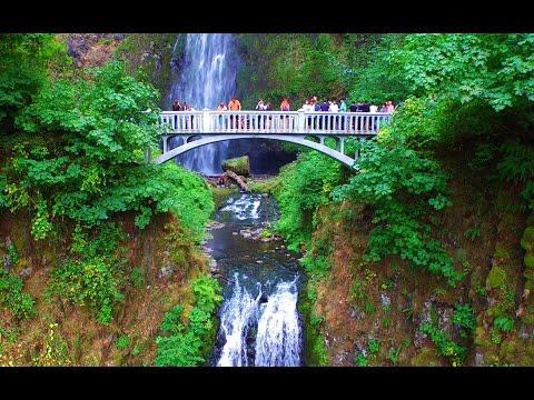 Multnomah Falls Oregon - Aerial drone video