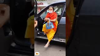 Comedian Bharti Singh Spotted Outside The Mall