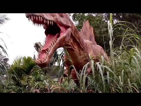 The Pardiyantos Goes To Petualangan Dinosaurus Taman Legenda TMII