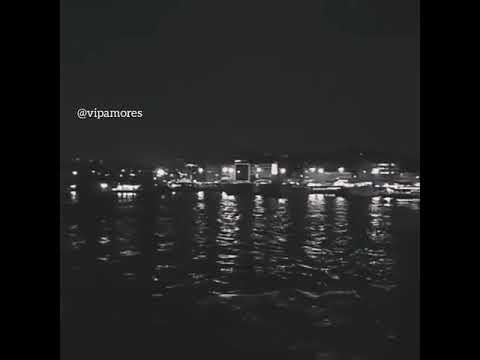 Gece sessizdir dayanib uz-uze yarim.