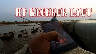 Ultralight fishing: My phone is dropped off in to the water