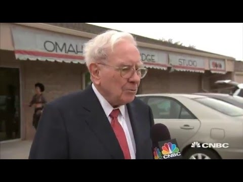 Warren Buffett - interest rates, the nation's growing debt, low oil prices