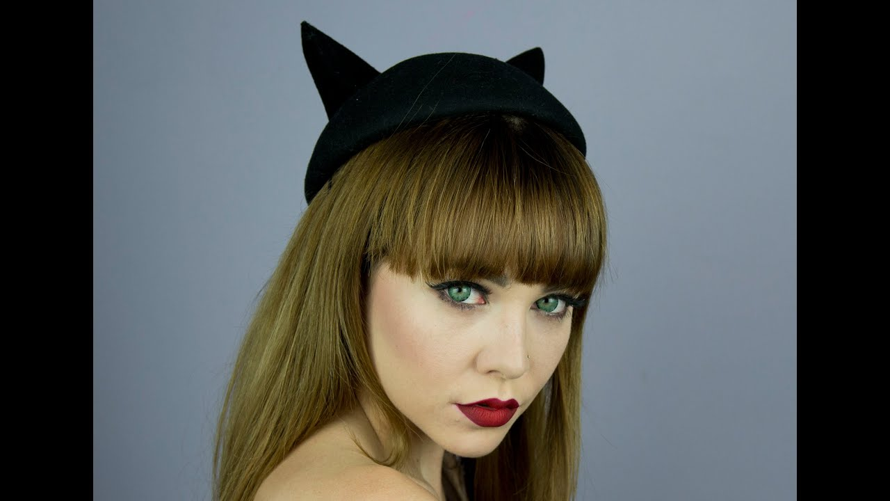 Meow liner and Subtle Red Ombre Lips - YouTube  Meow liner and ...