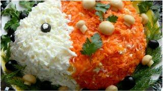 Новогодний салат Ежик - праздничный салат с курицей и грибами!