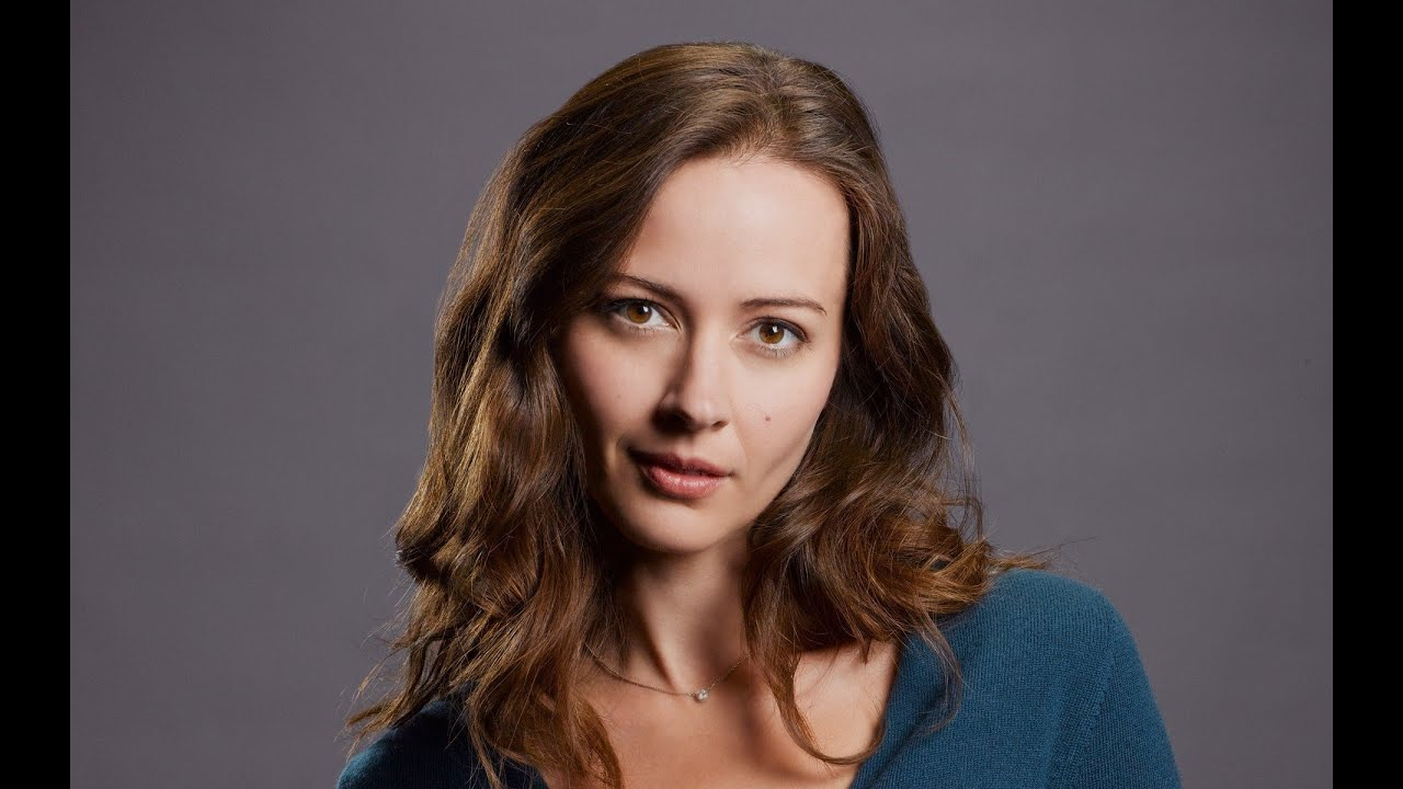 picture Amy Acker