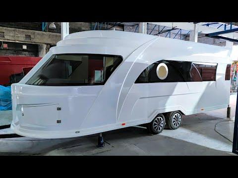 Yachthersteller baut günstigen GFK Luxus-Wohnwagen! Wohnwagen Neuheiten 2022: Derubis GFK Wohnwagen.